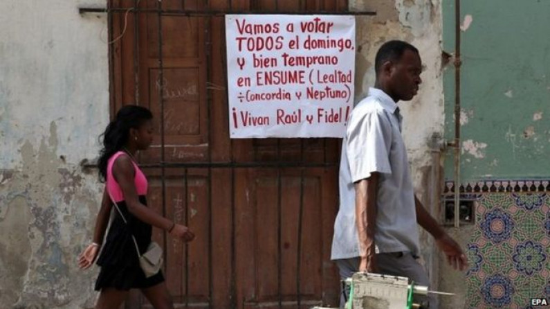 Two Cuban dissidents stand in local municipal vote