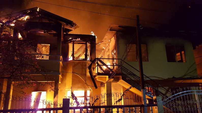 Over 30 homeless as fire rips through Cummings Lodge Apartment Building