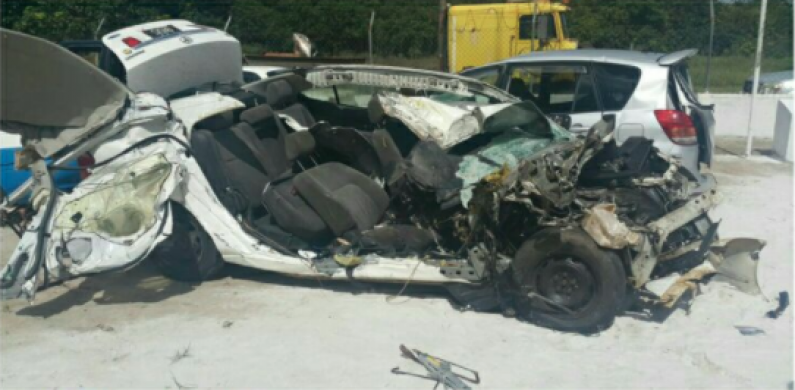 One dead in late night Linden Highway smash up