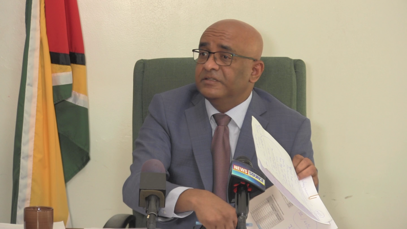Jagdeo urges Government to offer salary increases to sugar workers