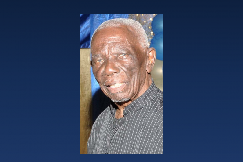 Bar Association and PNC pay tribute to Llewelyn John
