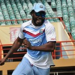 Chris Gayle marks cricket mile...