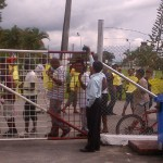 Timehri residents protest relo...