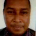 Gunman kills 4 including 2 policemen before being shot dead