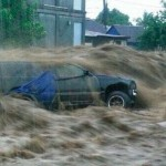 At least 4 dead as tropical storm hammers Dominica