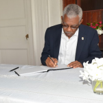 President signs Book of Condolence in memory of victims of terrorist attack on Paris