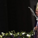 Pope Francis urges Mexico to vanquish drugs scourge
