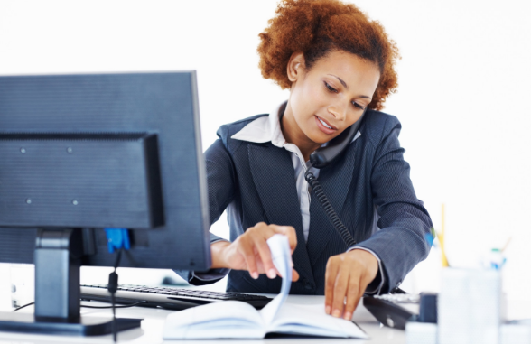 challenges women face in workplace Even as women continue to make gigantic strides in the workplace, there are still problems when it comes to acknowledging the very real issues that female workers face today.