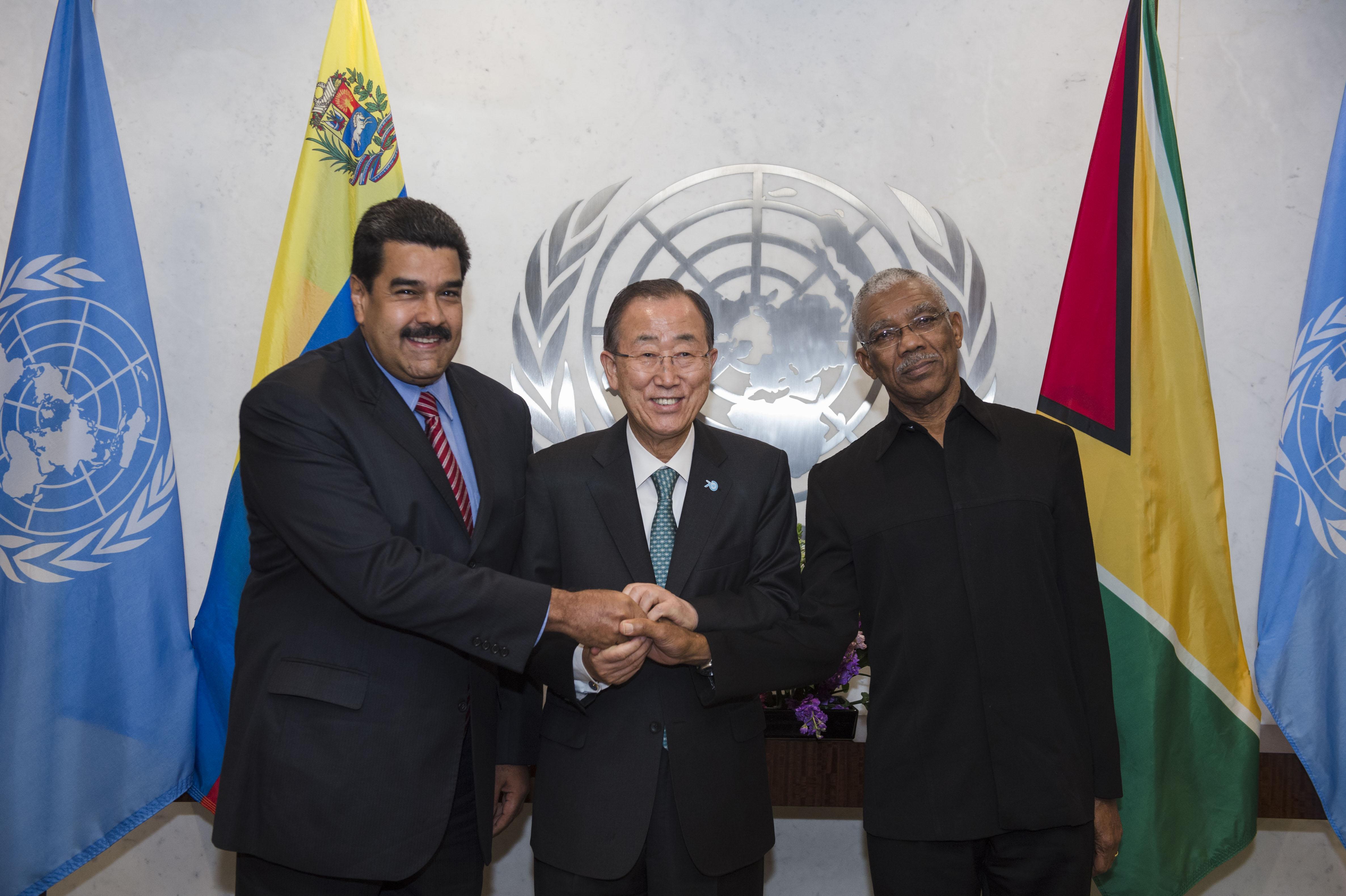 Photo opportunity: The Secretary-General with H.E. Mr. Nicolas Maduro Moros, President, Venezuela and H.E. Mr. David Arthur Granger, President, Guyana