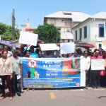 Large midday protest held against parking meters; City Mayor open to dialogue