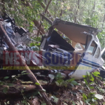 Air Services plane suspected of hitting mountain before breaking apart in jungle